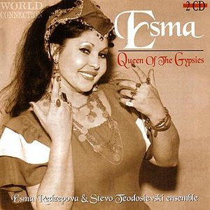 Imagem de 'Queen Of The Gypsies_Macedonian Songs'