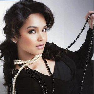 Bild för 'Siti Nurhaliza'