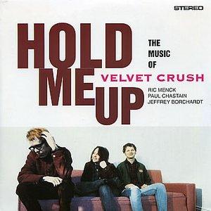 Imagen de 'Hold Me Up'