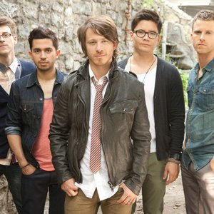 """Tenth Avenue North""的封面"