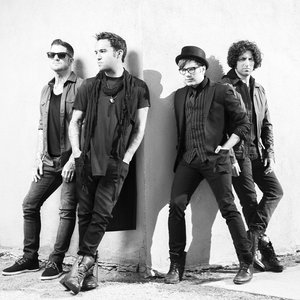 Bild för 'Fall Out Boy'