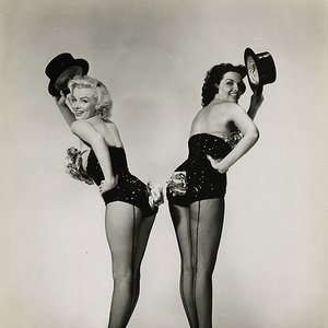 Image for 'Marilyn Monroe & Jane Russell'