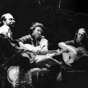 Bild för 'Al Di Meola, Paco De Lucía, John McLaughlin'