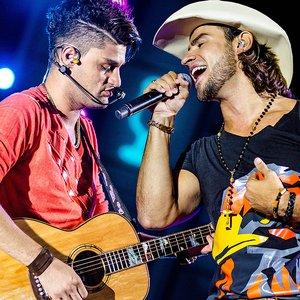 Bild für 'Munhoz & Mariano'