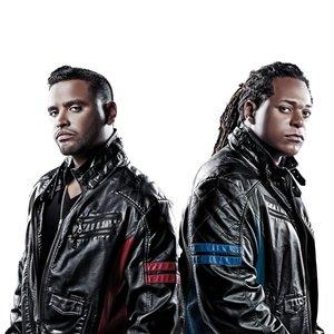 Image pour 'Zion & Lennox'