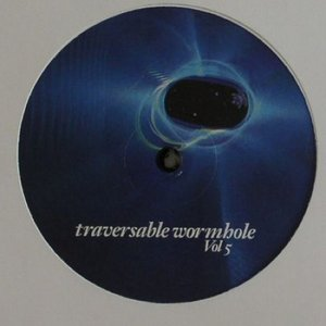 Immagine per 'Traversable Wormhole Vol. 5'