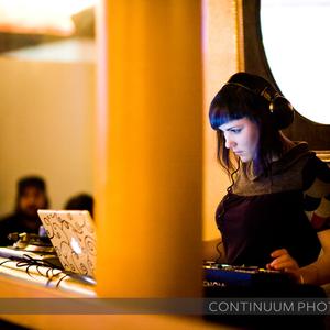 DJ Rhienna