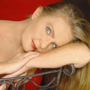 Image for 'Lisa J Aston'