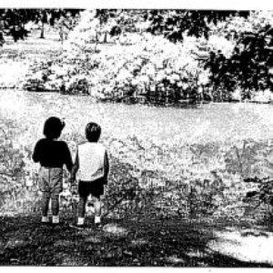 Imagen de 'La La Lonesome'