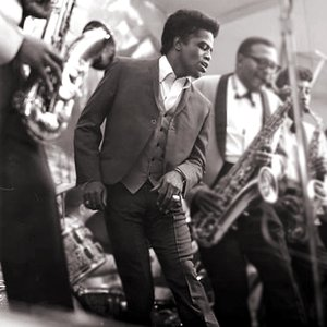 Imagem de 'James Brown & The Famous Flames'
