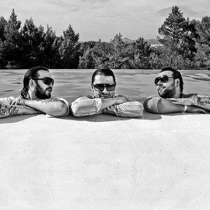 Immagine per 'Swedish House Mafia'