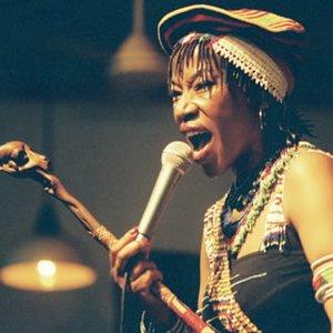 Image for 'Busi Mhlongo'