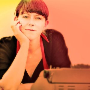 Image for 'Laine Henderson'