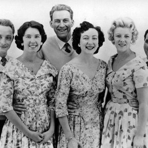 Image for 'Mike Sammes Singers'