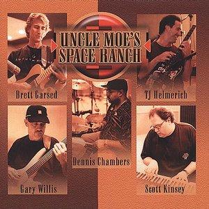 Image pour 'Brett Garsed, T.J. Helmerich, Scott Kinsey, Gary Willis & Dennis Chambers'