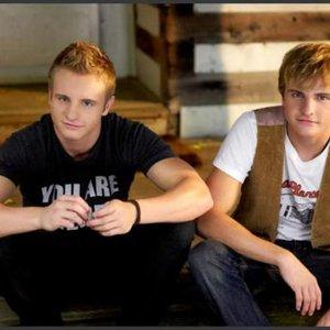 Image pour 'Carter Twins'