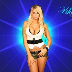 Imagem de 'Viktoria Metzker feat. Mitch Crown'