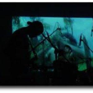 Bild für 'Traumático Desmame'