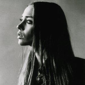"""Fiona Apple""的封面"
