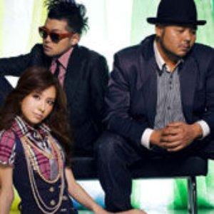 Image for 'クレンチ & ブリスタ Feat. May J.'