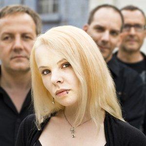 Bild für 'Stealing The Bride'