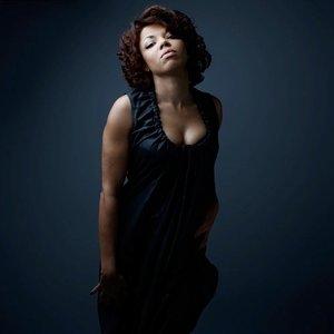 Bild för 'Mina Agossi'