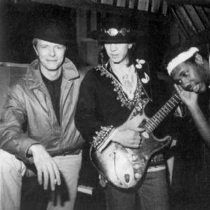 Imagem de 'David Bowie w/ Stevie Ray Vaughan'