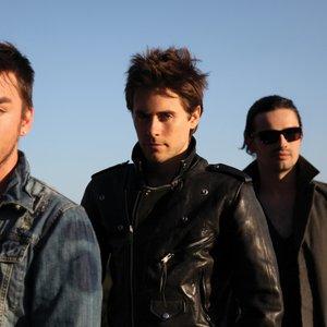 Bild för '30 Seconds to Mars  - Bad Romance cover (BBC Radio 1's Live Lounge)'