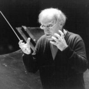 Image for 'Yehudi Menuhin/Wiener Philharmoniker/Constantin Silvestri'