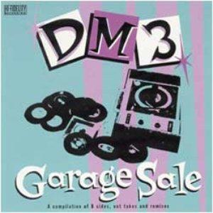 Imagen de 'Garage Sale'