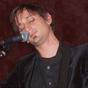 Bild für 'Stoll Vaughan'