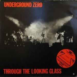 Imagem de 'Through The Looking Glass'