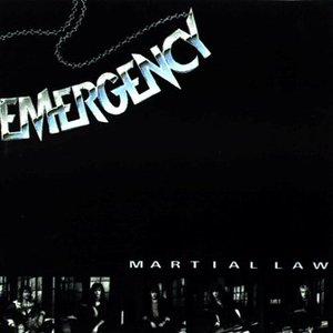 """""""Martial Law""""的封面"""