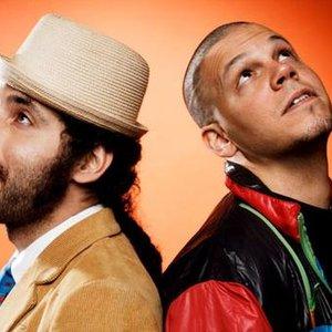 Image for 'Calle 13-www.Bajandoalbums.com'
