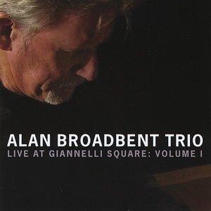 Imagem de 'Live at Giannelli Square: Vol 1'