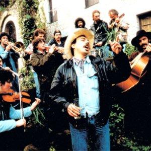 Bild för 'Kojon Prieto y los Huajolotes'