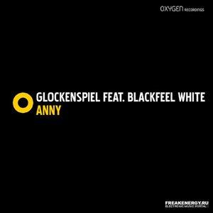 Imagem de 'Glockenspiel Feat Blackfeel White'