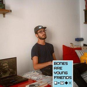Bild för 'Bones Are Young Friends'