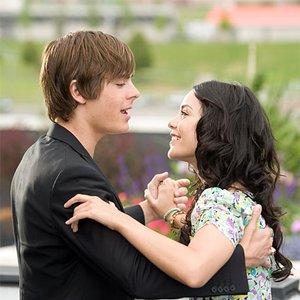 Image for 'Vanessa Hudgens, Zac Efron & High School Musical Cast'