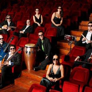 Image for 'Madredeus & A Banda Cósmica'