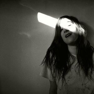 Imagem de 'Love and Sleep'