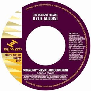 Imagen de 'Community Service Announcement'