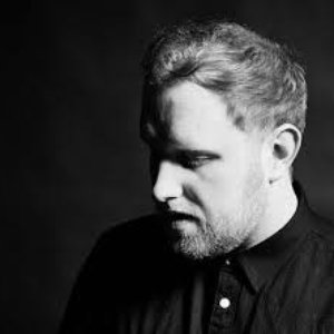 Immagine per 'Gavin James'