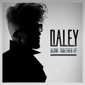 Imagen de 'Alone Together'