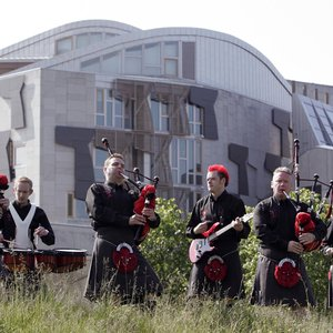 Image pour 'Red Hot Chilli Pipers'