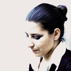 Bild för 'Lora Pons'
