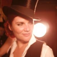 Amanda Easton
