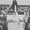 ANGE et la tournée JOHNNY, ANGE à la Taverne de l'Olympia, magazine Pop Music (juin 1972)