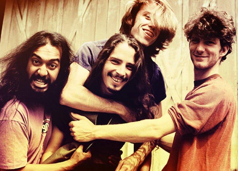 Soundgarden 2343a6d02b864c408cfd78fdf3278864