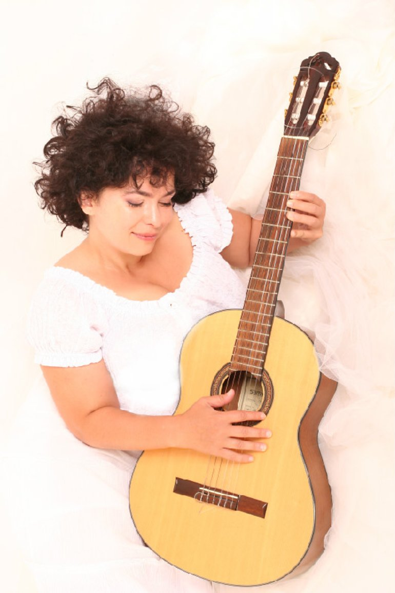 Chanson Sängerin Viktoria Marjanovska Corporation MrSINGSANGSONG Wow